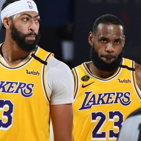 Lakers e Heat a um passo das finais da NBA